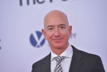 105178315-Jeff_Bezos_close_up